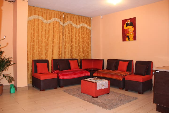 Spacious apartment near the center - Quito - Pis