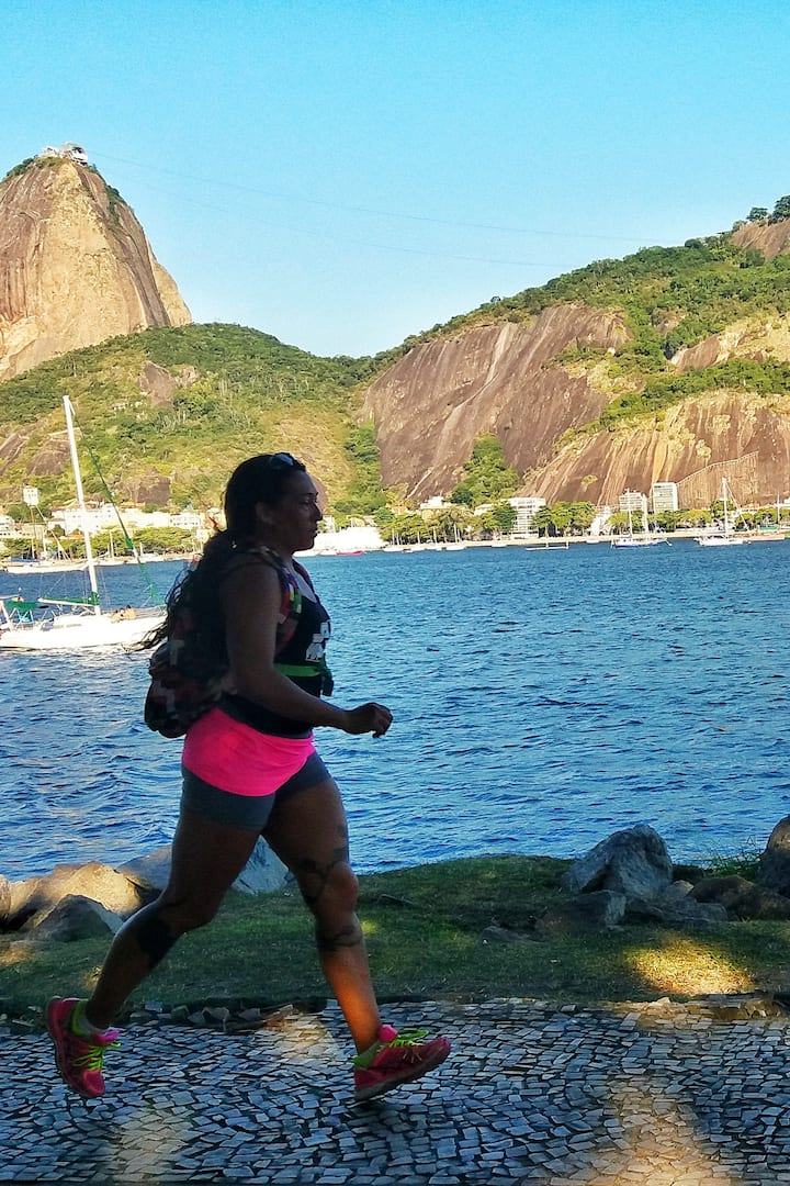 Running to the Sugar Loaf