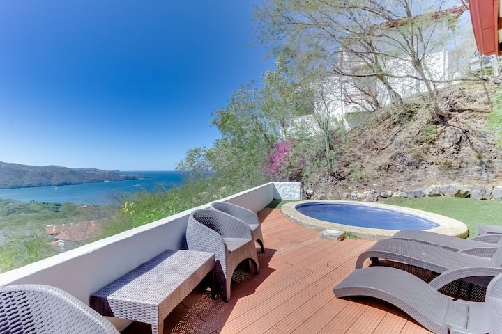 Ocean view villa w/ private plunge pool, balcony & shared pool - walk to beach!