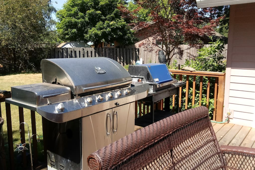 2 grills for your use.