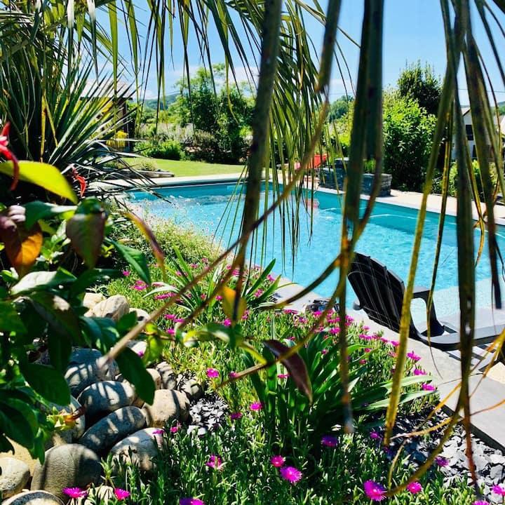 Lac bleu - Chambre d'hôtes avec spa et piscine