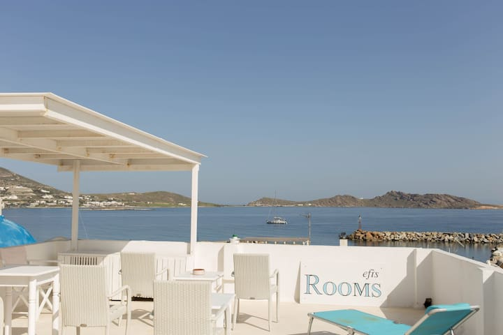 EFI ROOMS - Πάρος - Bed & Breakfast