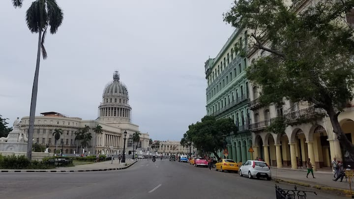 Apartment in the Heart of Old Havana