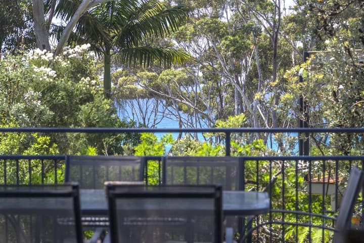 Mollymook Retreat, Narrawallee