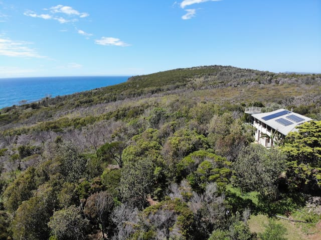 'Bliss Bure' - Exclusive headland location