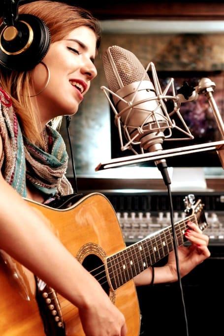 Запись песни под живую музыку