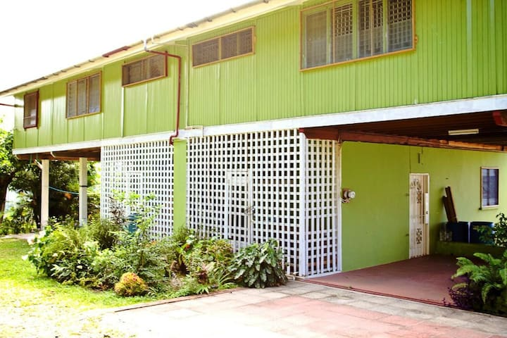 Apartment for rent - Castries City - Hus