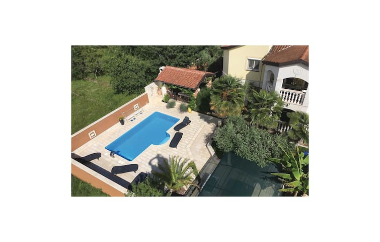 Holiday apartment with 2 bedrooms on 41m² in Porec