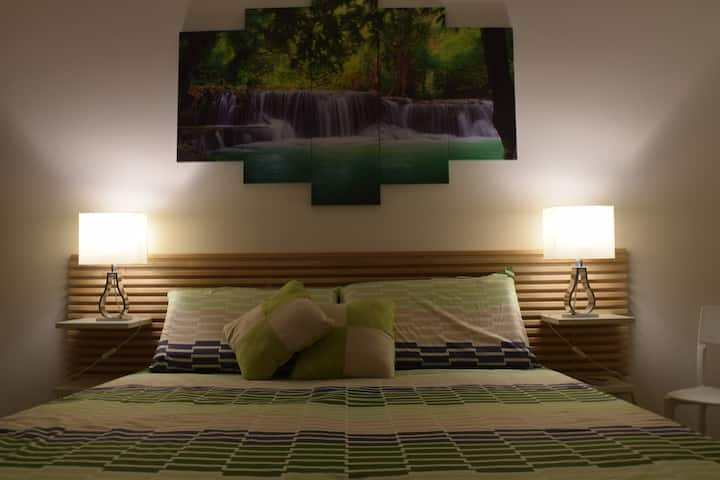 Modern Double Room in residential area