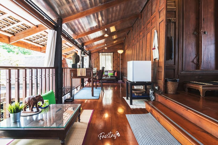 Antique Charm - 1BR Thai Traditional House