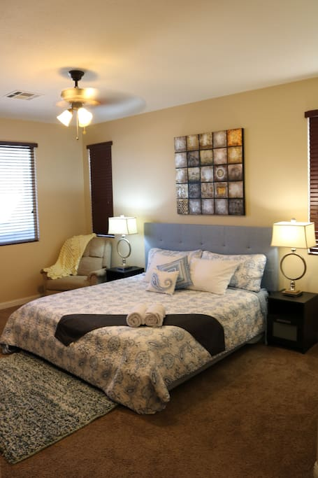 Cozy 4 Bedroom W Pool Hot Tub Close To Southpoint Houses For Rent In Las Vegas Nevada United