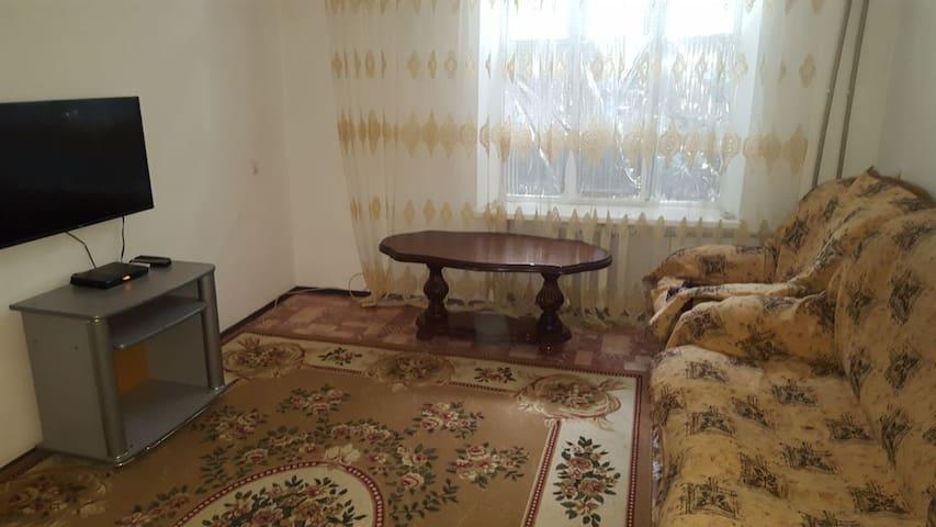 2-к квартира на Эсамбаева (центр)