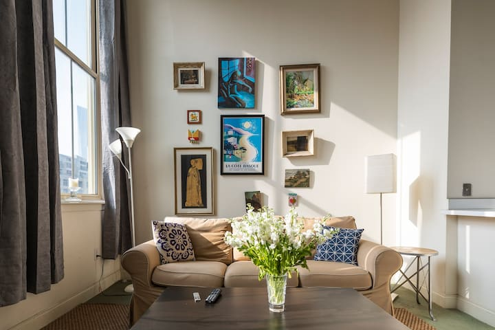 Spacious Loft in Heart of Center City