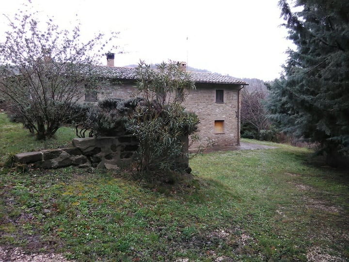 Country house in Assisi suitable for naturists