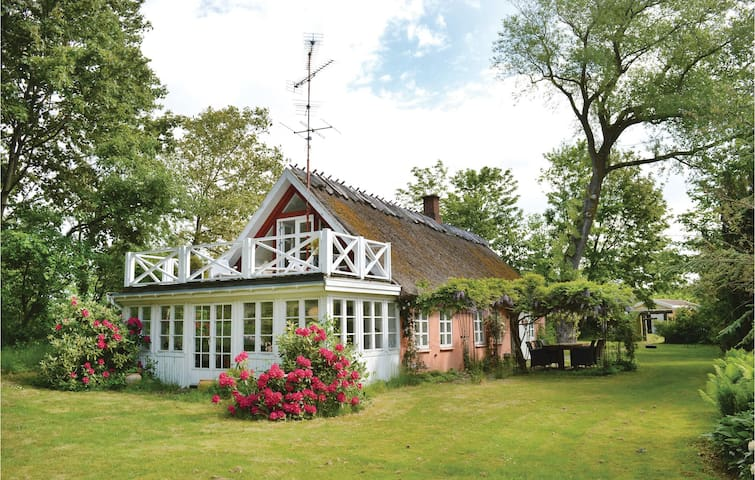 Holiday cottage with 2 bedrooms on 121m² in Gilleleje