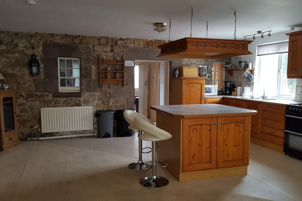 Open plan country kitchen