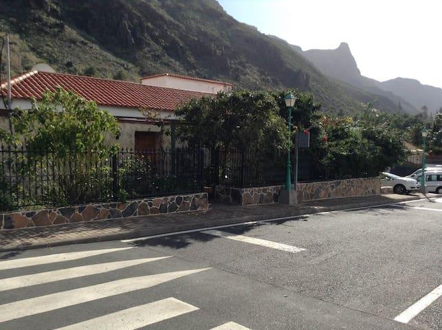 Apartamento  1, LAS MIL PALMERAS - Las Palmas - Apartment
