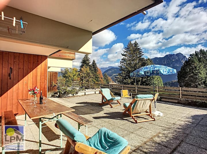 Apartment (2,5 rooms) at Roc d'Orsay, Leysin, south facing with open equipped kitchen, 1 double bedroom south, 1 blind room with 3 beds, large terrace - 000048