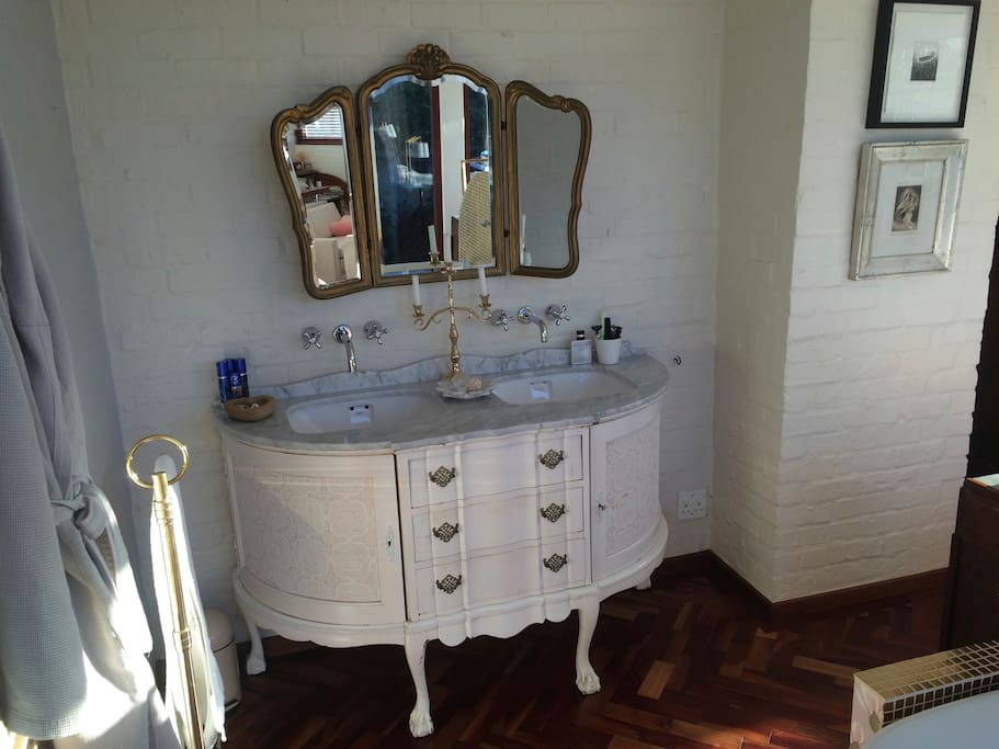 The vanity in the main bedroom