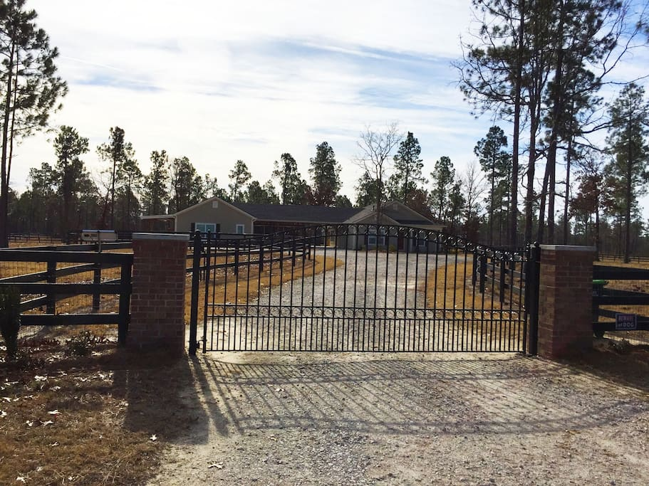 Gated property