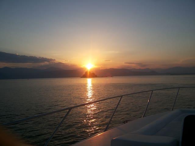 Allucansea Nafplio cruises