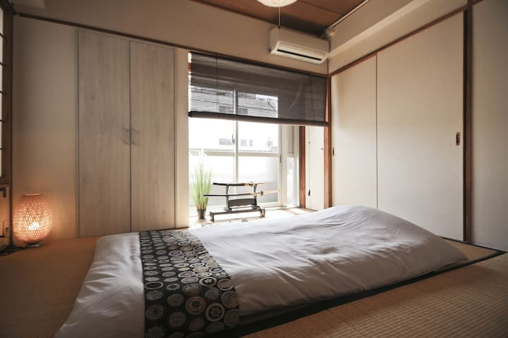 Best location at Asakusa 1min! / 6 beds Free wifi - Sumida-ku - Huoneisto