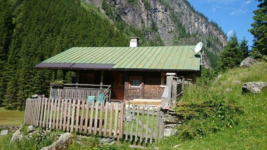 Ferienhütte zu vermieten