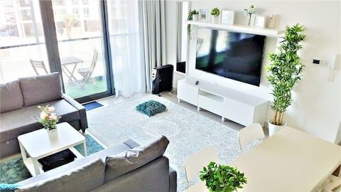 ⭐️2min→Beach ⭐️Pool ⭐️Netflix ⭐️1BR+2 Sofa Beds ⭐️