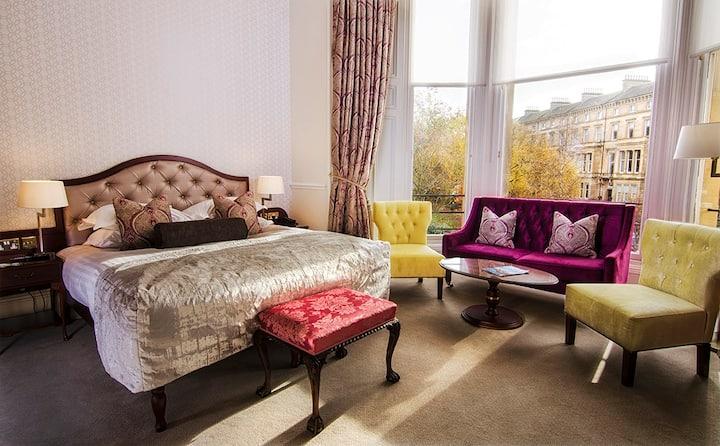 The Bonham Hotel, Junior Suite