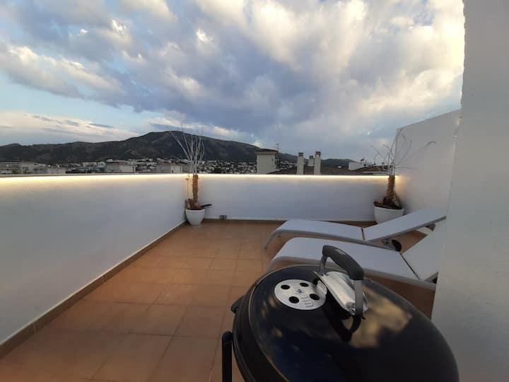 Ático céntrico con magnifica terraza solárium .