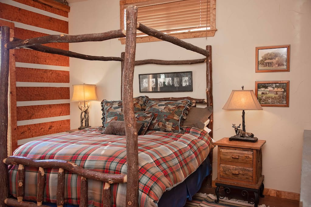 The Ranch at Pine Mountain:  The Lodge, Texas Suite