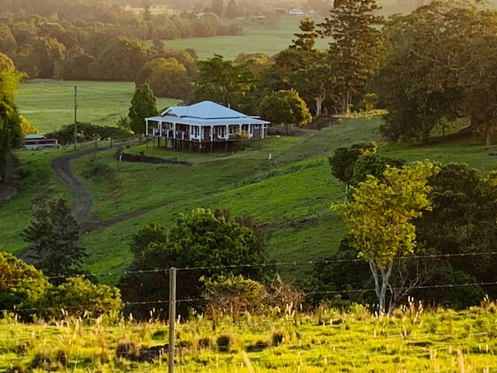 Beautiful homestead between  Byron bay & Lismore