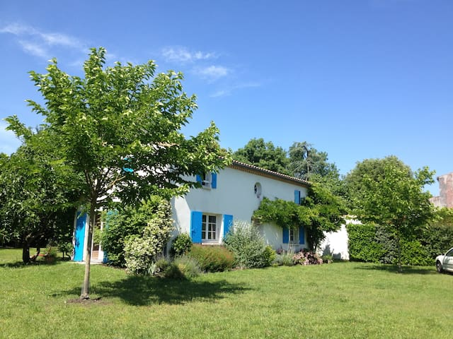 Family house, close to the ocean - Breuillet - Haus