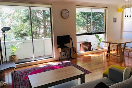Double Private Room in central Bondi, Sydney