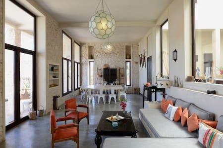 Superbe Villa avec PISCINE CHAUFFÉE à Essaouira