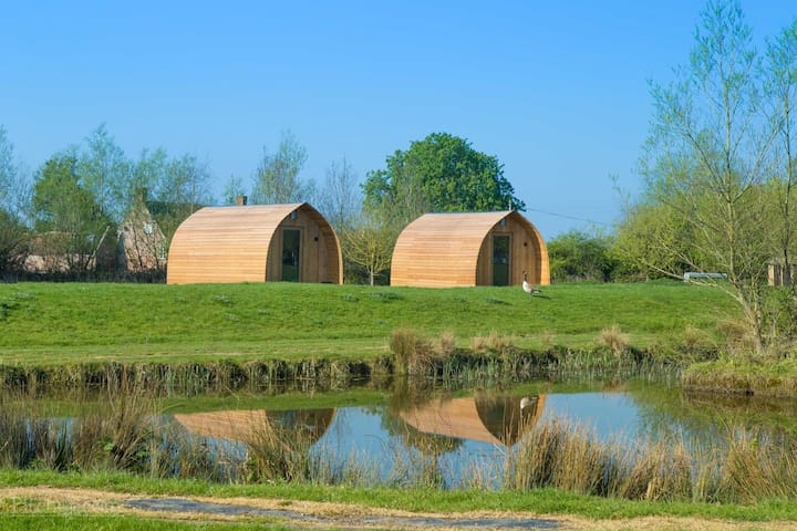 The Blueberry Glamping Pod (sleeps 4 people) - Burnham-On-Sea - Casa de campo