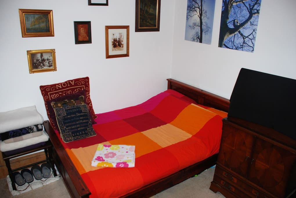 The double bed in the guest room