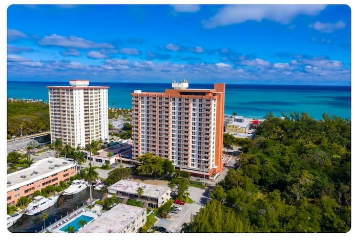 Great Ocean View Resort Condo  in Fort Lauderale