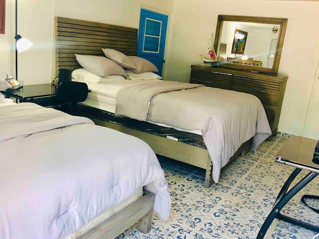 Habitación con camas nuevas!