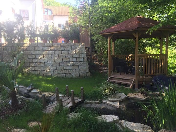 Tübingen/ Denzenberg - mit Garten - free parking