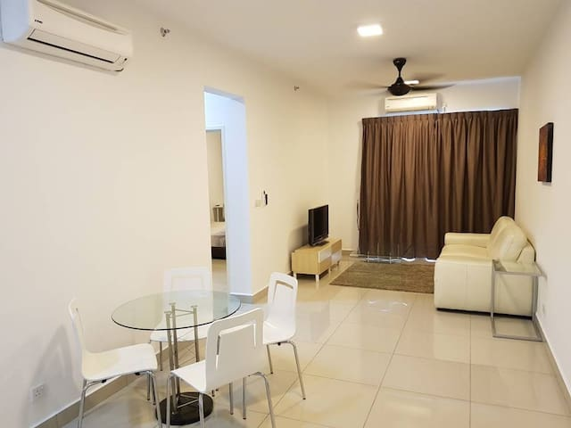 Cosy apartment at a convenience location