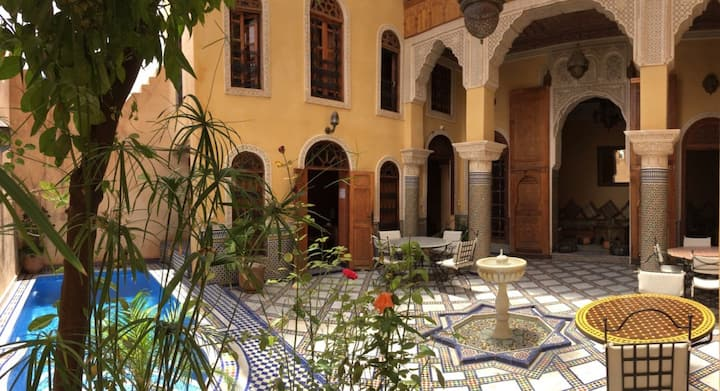 Riad 19 Pax With Pool, 360° View & Parking