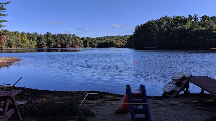 Lakefront retreat aptmt