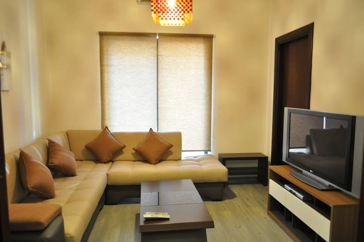 Central & Cosy - Spacious 1 Bedroom Apartment
