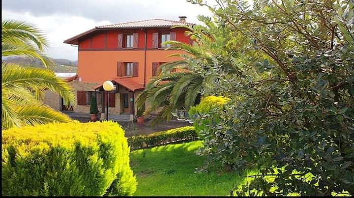 House with 6 bedrooms in Gámiz-Fica, with wonderful mountain view, furnished terrace and WiFi - 16 km from the beach