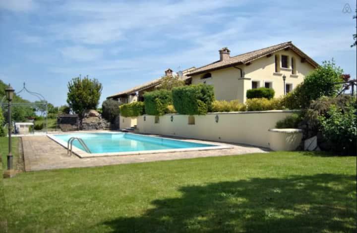 Casale Vento d'estate private  pool
