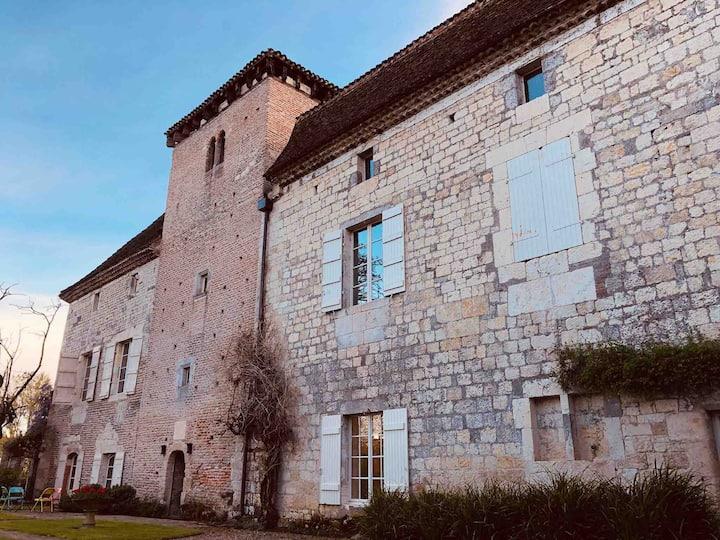 The Guardian Suite at Château de Rigoulières - Sleeps up to 5