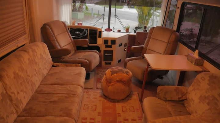 Cozy Camper in the Heart of Sarasota