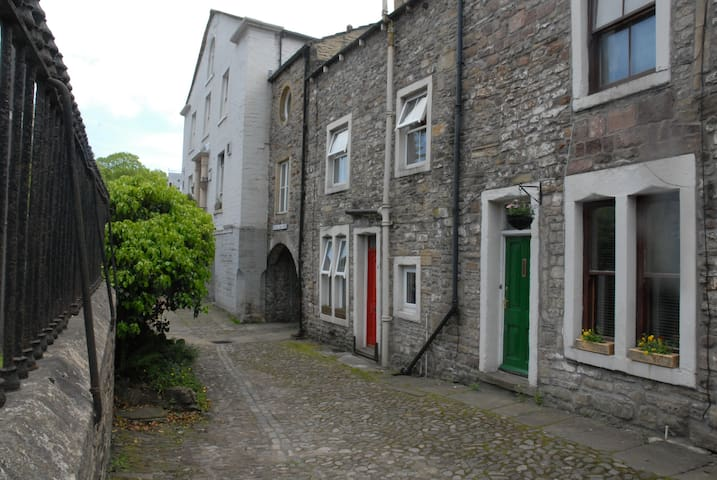 3 Bed House in Central Skipton - Skipton