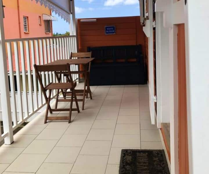 Studio in Sainte-Suzanne, with furnished balcony and WiFi